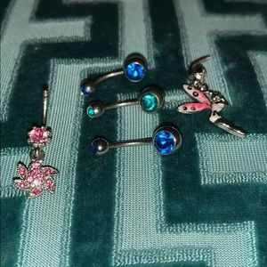5 Belly studs... NWOT